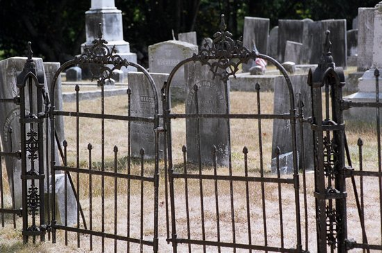 Chestnut Hill Cemetery Haunted Exeter Rhode Island