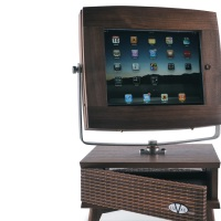 V-Luxe & V-Luxe Jr: The Retro Styled iPad, iPhone and iPod Touch Accessories