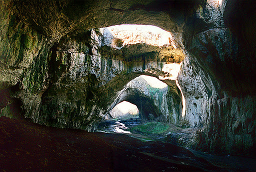 1000+ images about cave on Pinterest | Caves, Crystal caves and Cave ...