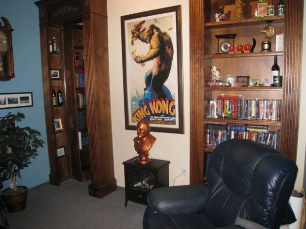 Pixar s hidden secrets the lucky 7 lounge and the love for Room decor job