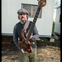 Les Claypool of Primus Is Auctioning His Bass To Benefit His Nephew With Leukemia