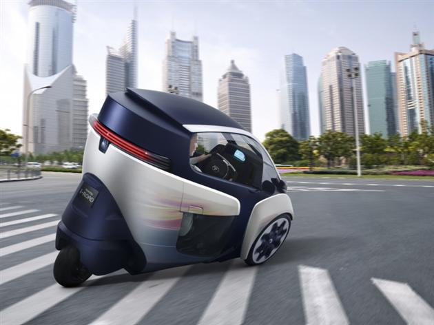 -0Toyota-i-Road-Personal-Mobility-Electric-Vehicle-3