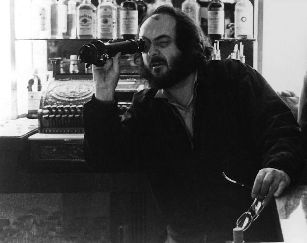 Stanley Kubrick talks about the UFO phenomenon - YouTube |Stanley Kubrick The Glare