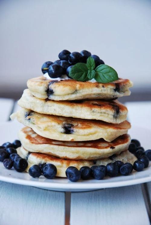 -blueberry-pancakes