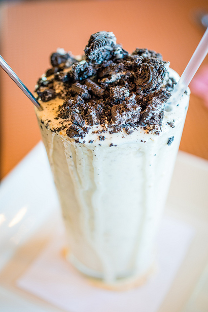 oreo cookie milkshake