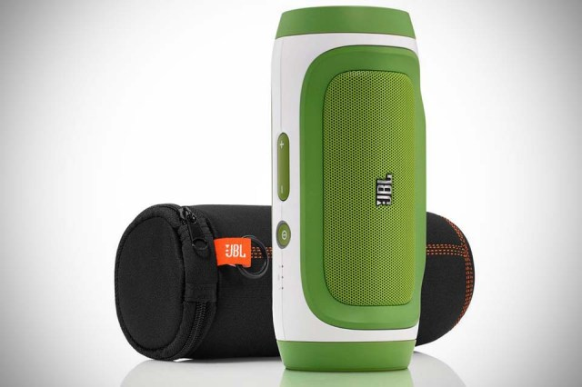 JBL-Charge-Bluetooth-Speaker-1