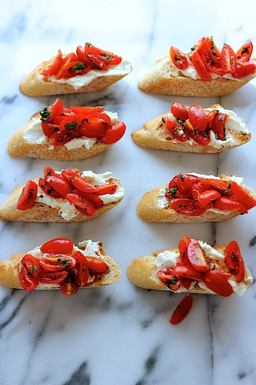 crostinifetatomatoes