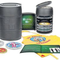 "Check Out This Deluxe ""Breaking Bad: The Complete Series"" Blu-ray Set!"
