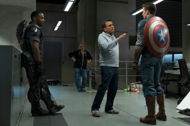 Captain-America-The-Winter-Soldier-Anthony-Mackie-Chris-Evans