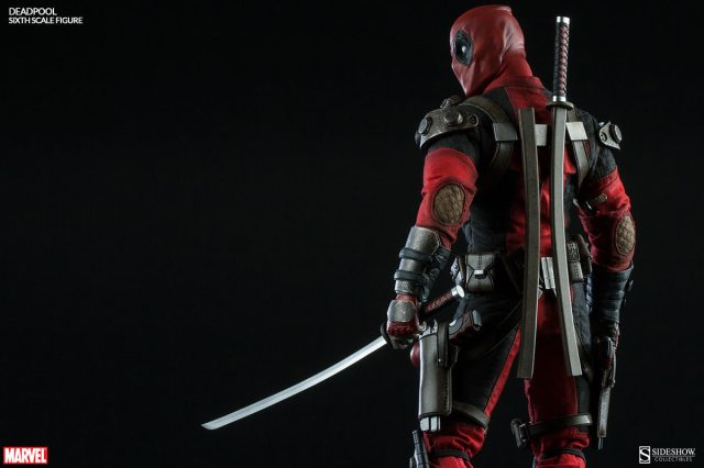 Sideshow-collectibles-deadpool-009
