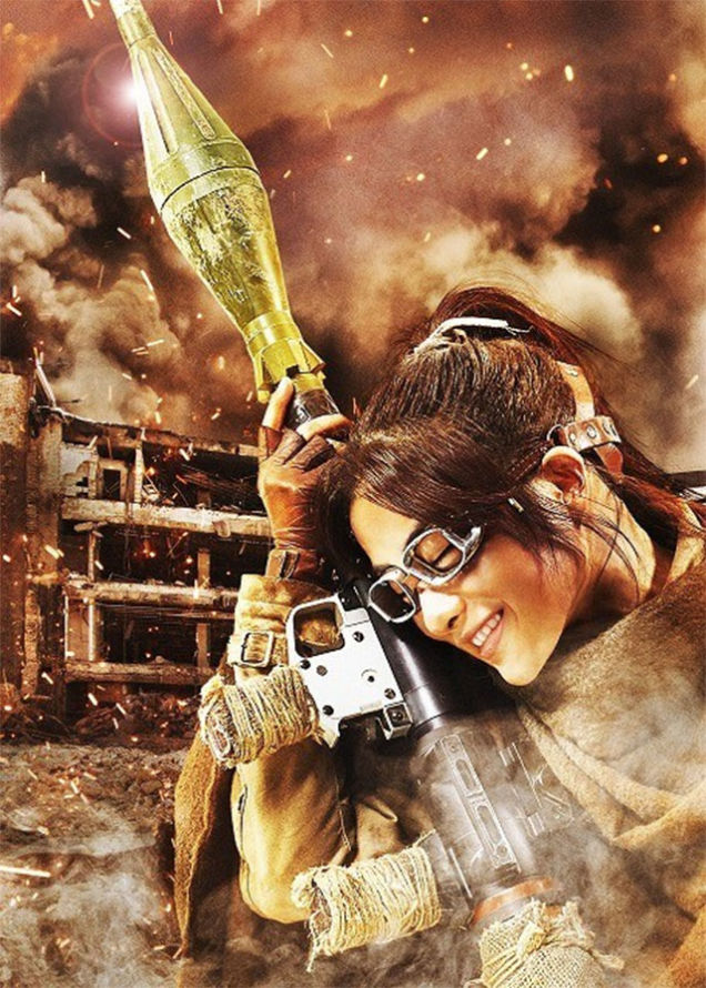 Satomi-Ishihara-attack-titan-Hange-Zo--