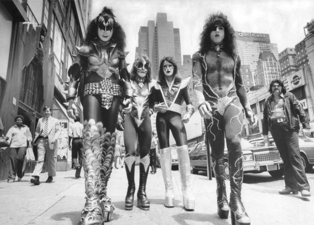 kiss-rock-group