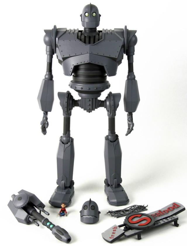 Iron_Giant_Accessories_blog_1024x1024