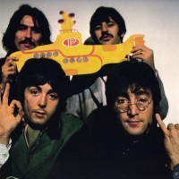 "EXCLUSIVE: Alex Ross Speaks About His Officially Licensed ""Yellow Submarine"" Collaboration With Dark Hall Mansion & His Love Of The Beatles"