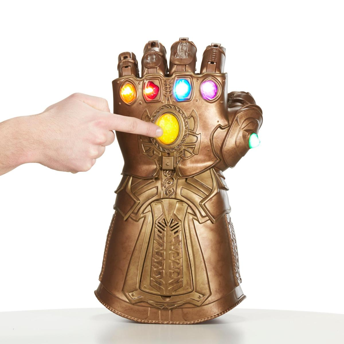 Hasbro's Avengers Infinity Gauntlet Has Us Geeking Out